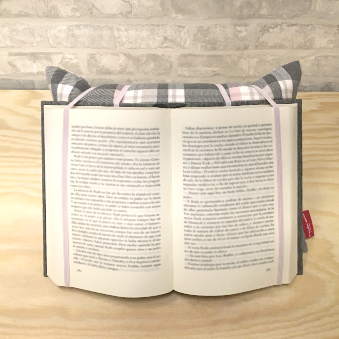 4410026-coixi-coixins-de-lectura-cojin-cojines-de-lectura-almohada-para-leer-almohada-de-lectura-quadres-rosa-i-gris-cuadros-rosa-y-gris-1